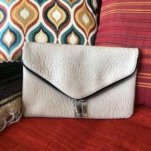 URBAN EXPRESSIONS envelope clutch